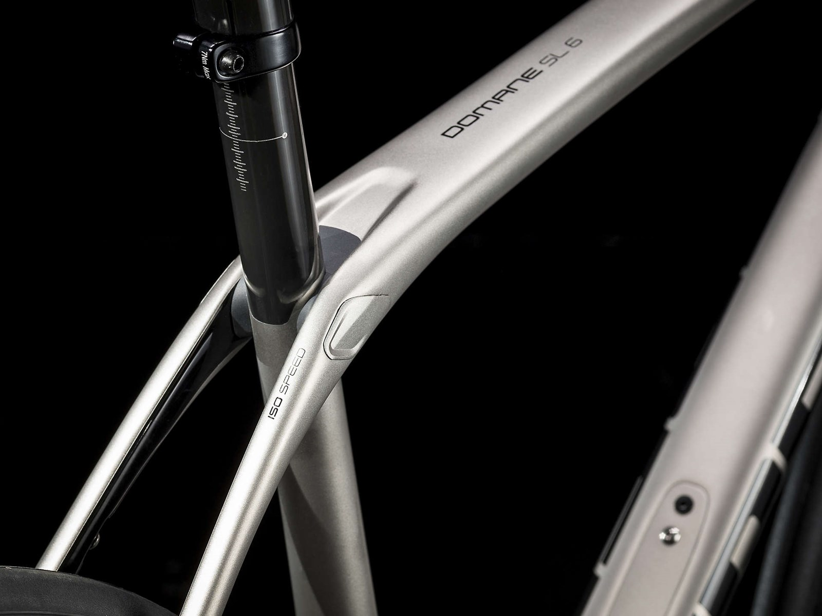 Trek Domane SL 6 Disc Mens Carbon Road Bike 2019 - Silver
